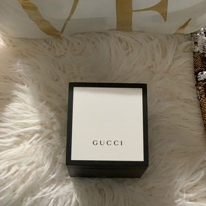 Men's authentic GUCCI watch